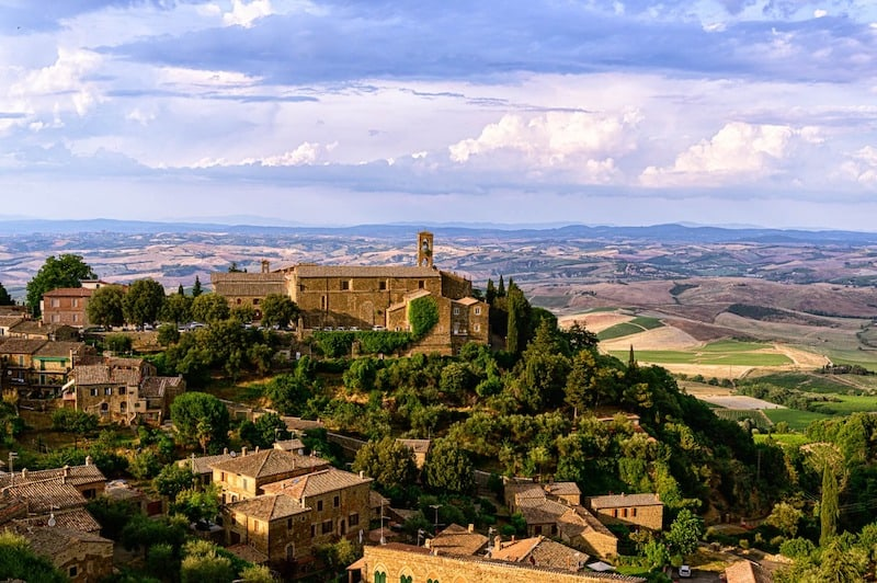 A Guide to Tuscan Wine Country: Here's how to drink —and eat— your way through the region.